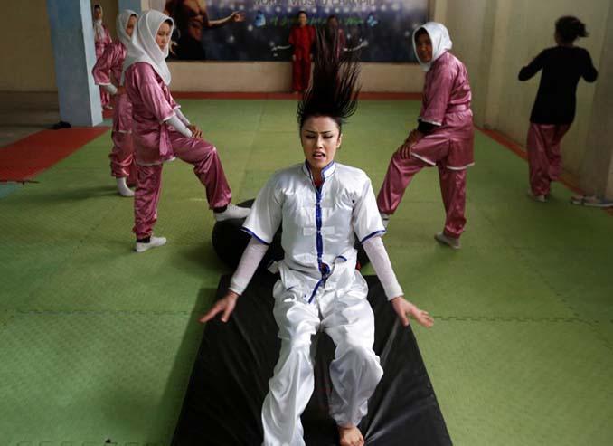 Οι ατρόμητες γυναίκες με τα σπαθιά από το Αφγανιστάν (8)