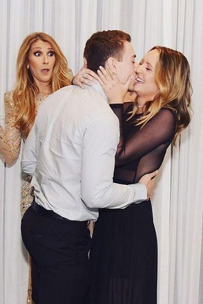 Η Celine Dion κλέβει την παράσταση με τις απίθανες γκριμάτσες της σε πρόταση γάμου (3)