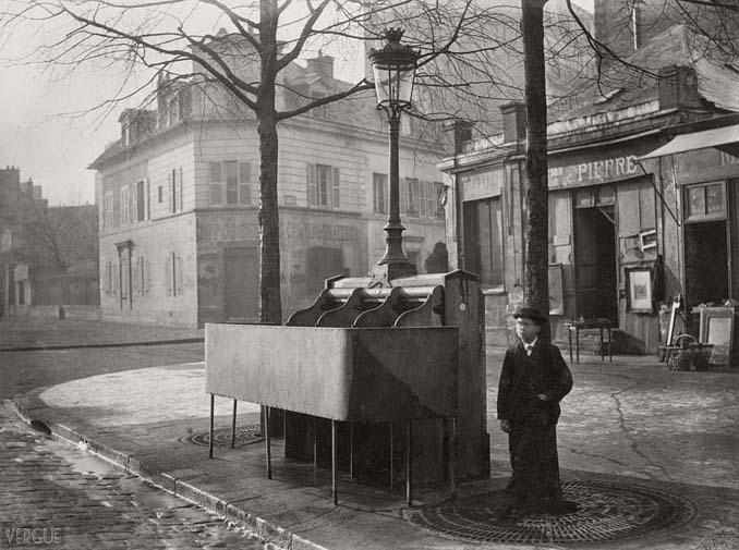 Τα δημόσια ουρητήρια του Παρισιού σε φωτογραφίες του 1860 (5)
