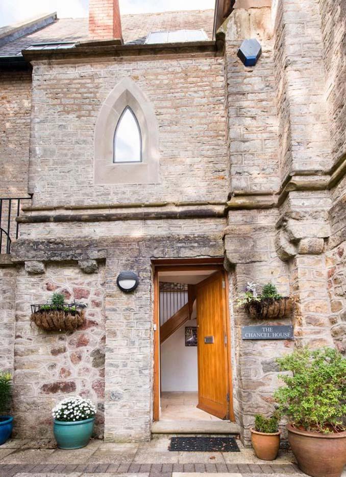 Η εντυπωσιακή μετατροπή μιας εκκλησίας σε σπίτι (8)