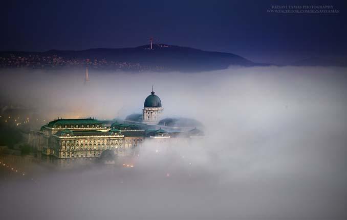 Φωτογράφος αφιέρωσε τέσσερα χρόνια απαθανατίζοντας τη Βουδαπέστη στην ομίχλη (4)