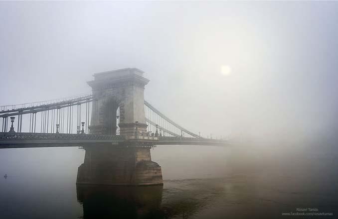 Φωτογράφος αφιέρωσε τέσσερα χρόνια απαθανατίζοντας τη Βουδαπέστη στην ομίχλη (9)