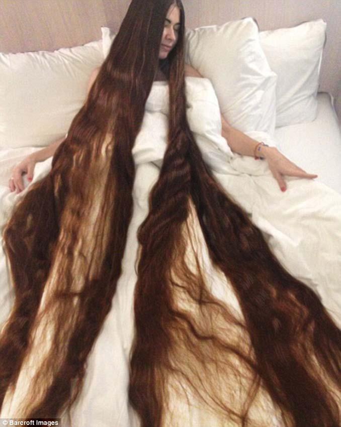Η αληθινή Ραπουνζέλ που έχει μήκος μαλλιών 2,2 μέτρα (4)