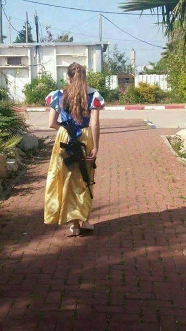 Εν τω μεταξύ, στο Ισραήλ... (6)