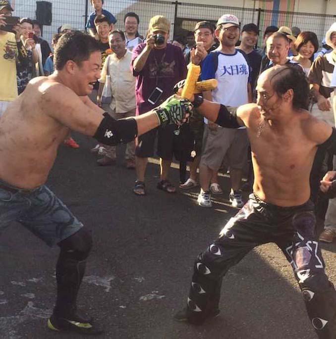 Κωμικοτραγικά στιγμιότυπα από τον θεότρελο κόσμο της πάλης στην Ιαπωνία (12)
