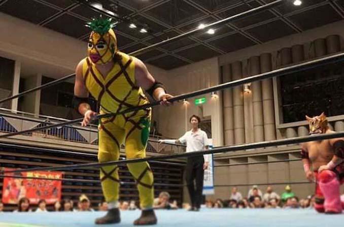 Κωμικοτραγικά στιγμιότυπα από τον θεότρελο κόσμο της πάλης στην Ιαπωνία (15)