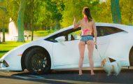 Παντρεμένη υποκύπτει σε καμάκι μόλις βλέπει Lamborghini