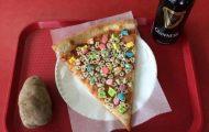 Περίεργες πίτσες που κάνουν τις απόψεις να διίστανται (9)