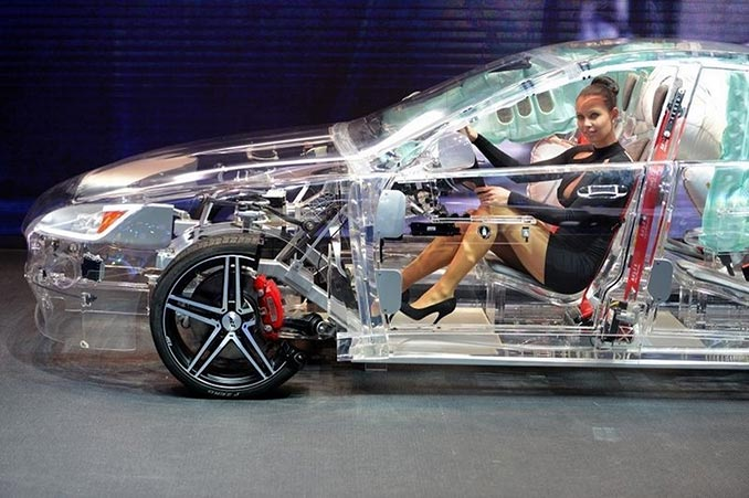 Διάφανο αυτοκίνητο   Φωτογραφία της ημέρας