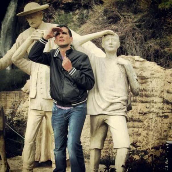 Ποζάροντας με αγάλματα #21 (7)