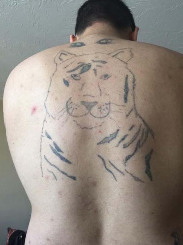 Τραγικά τατουάζ που καταργούν κάθε λογική (11)