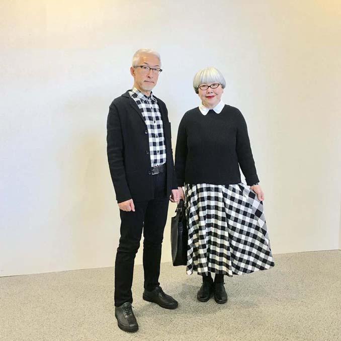Ζευγάρι φοράει ταιριαστά ρούχα μετά από 37 χρόνια γάμου (10)