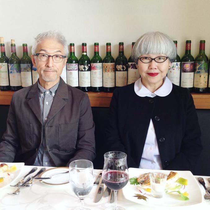 Ζευγάρι φοράει ταιριαστά ρούχα μετά από 37 χρόνια γάμου (12)