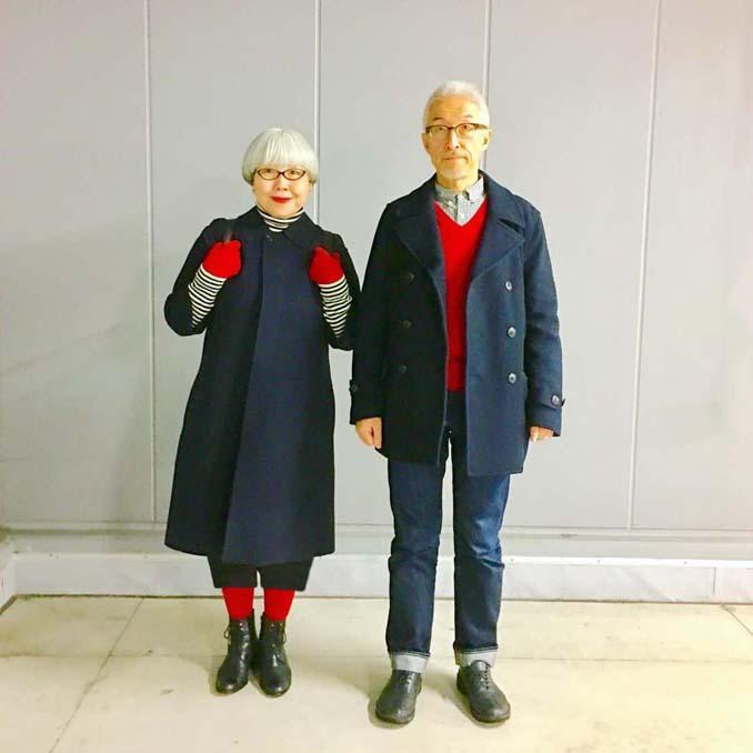 Ζευγάρι φοράει ταιριαστά ρούχα μετά από 37 χρόνια γάμου (15)