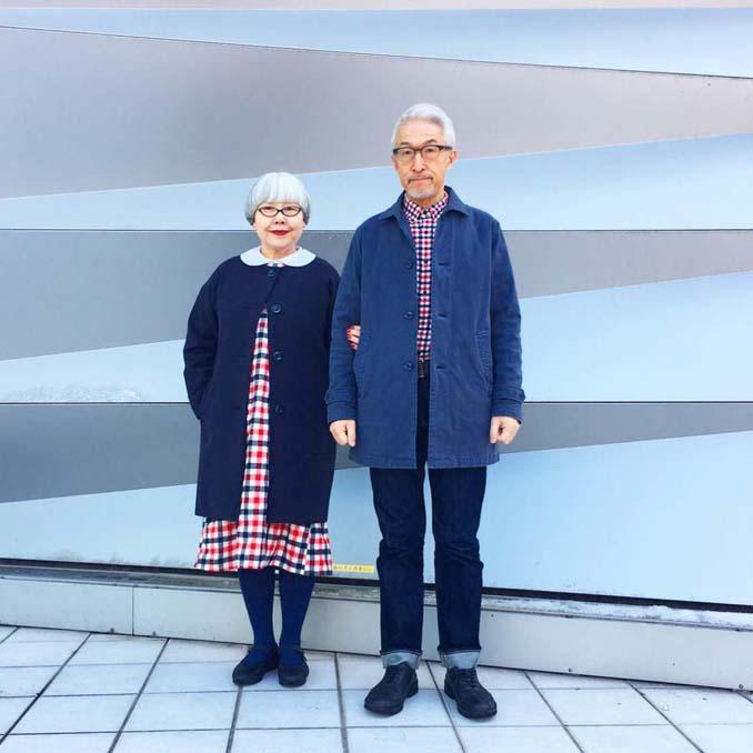 Ζευγάρι φοράει ταιριαστά ρούχα μετά από 37 χρόνια γάμου (18)