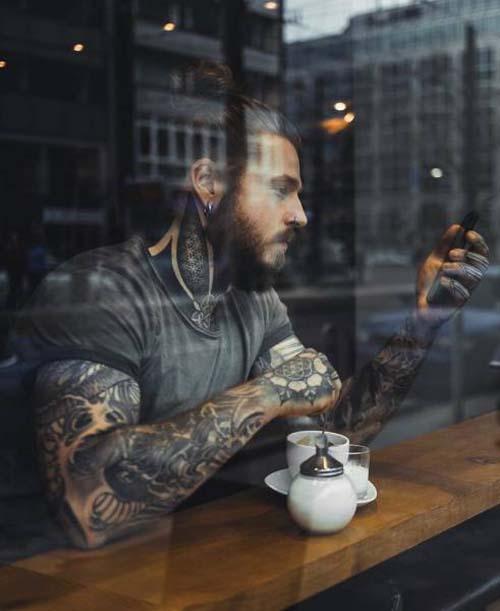Κάλυψε τα σημάδια του αδυνατίσματος με τατουάζ (5)