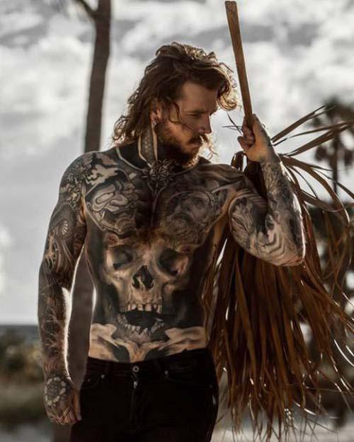Κάλυψε τα σημάδια του αδυνατίσματος με τατουάζ (9)
