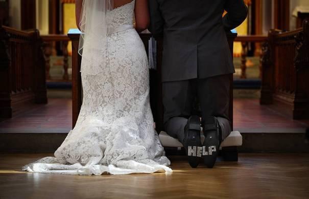 Νεόνυμφοι που αποφάσισαν να πρωτοτυπήσουν με τις γαμήλιες φωτογραφίες τους (3)