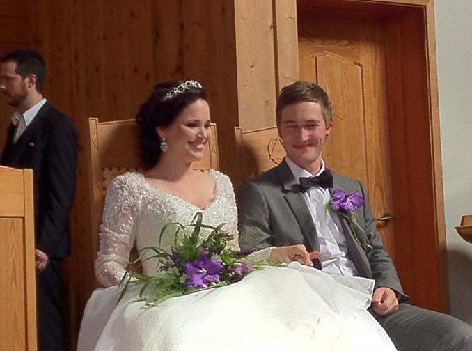 Να τι συμβαίνει όταν δεν παίρνεις επαγγελματία φωτογράφο για το γάμο σου (3)