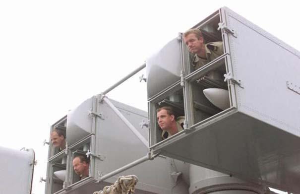 Όταν οι στρατιώτες κάνουν χαβαλέ (1)