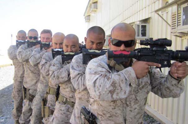 Όταν οι στρατιώτες κάνουν χαβαλέ (10)