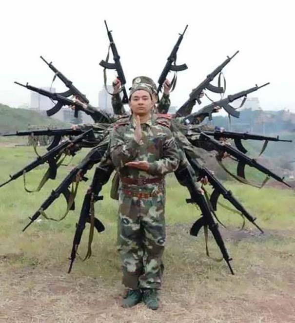 Όταν οι στρατιώτες κάνουν χαβαλέ (14)