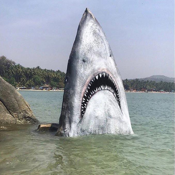 Όποιος ζωγράφισε αυτόν τον βράχο έχει τεράστια φαντασία | Φωτογραφία της ημέρας
