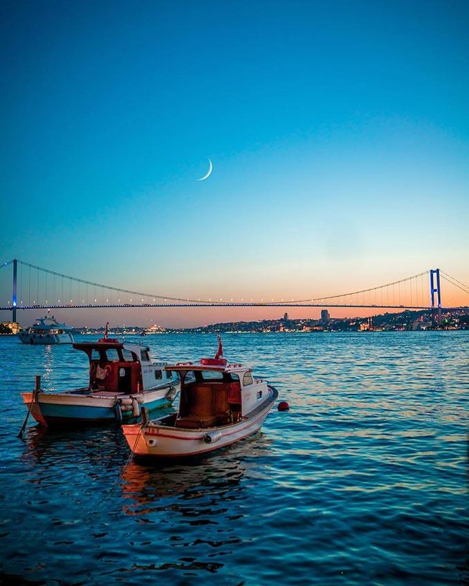 Οι μπλε αποχρώσεις της Κωνσταντινούπολης | Φωτογραφία της ημέρας