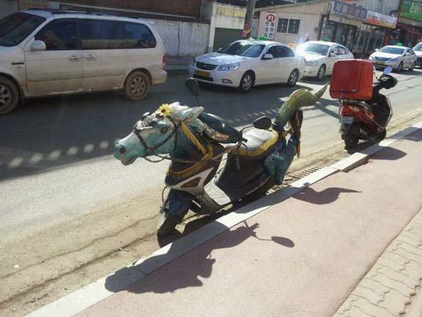 Τρελά και απίστευτα σκηνικά με μοτοσυκλέτες #2 (3)