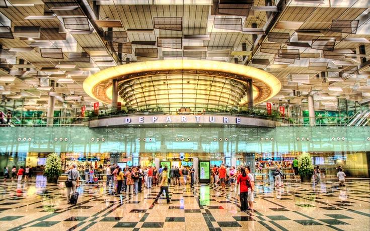 Φωτογραφική περιήγηση στο εντυπωσιακό αεροδρόμιο Changi της Σιγκαπούρης (1)