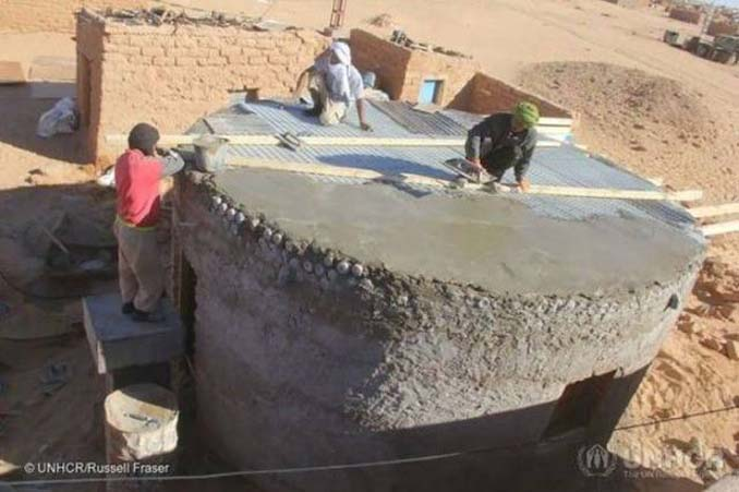 Ένας ασυνήθιστος τρόπος για την κατασκευή σπιτιών σε συνθήκες ακραίας ζέστης (6)