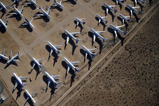 Ένα γιγαντιαίο νεκροταφείο αεροσκαφών στην έρημο της Καλιφόρνια (3)
