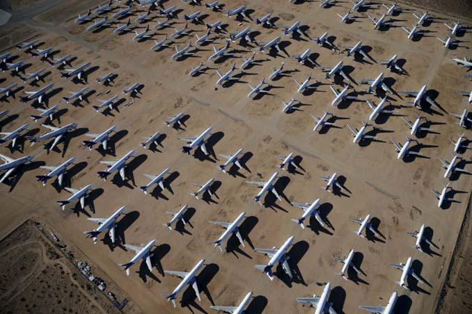 Ένα γιγαντιαίο νεκροταφείο αεροσκαφών στην έρημο της Καλιφόρνια (5)