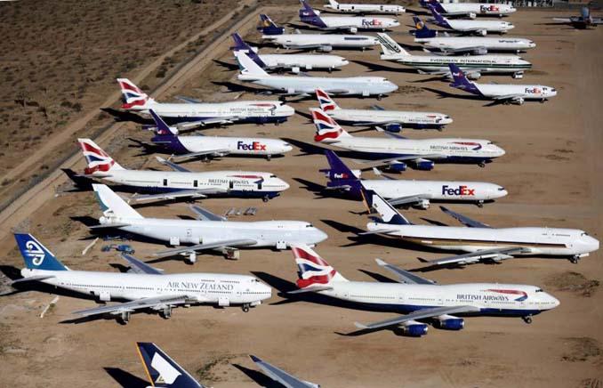 Ένα γιγαντιαίο νεκροταφείο αεροσκαφών στην έρημο της Καλιφόρνια (12)