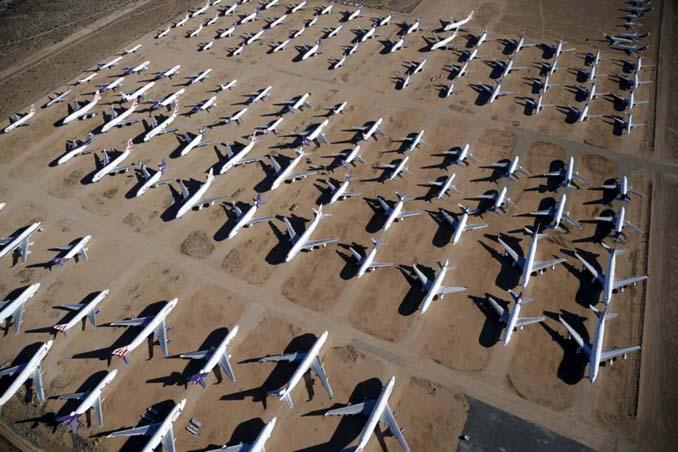 Ένα γιγαντιαίο νεκροταφείο αεροσκαφών στην έρημο της Καλιφόρνια (13)
