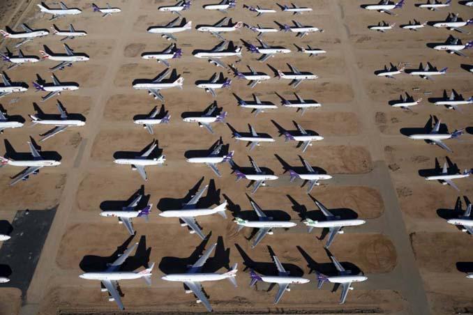 Ένα γιγαντιαίο νεκροταφείο αεροσκαφών στην έρημο της Καλιφόρνια (16)