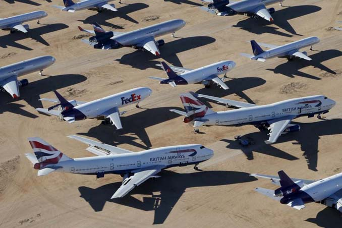 Ένα γιγαντιαίο νεκροταφείο αεροσκαφών στην έρημο της Καλιφόρνια (19)