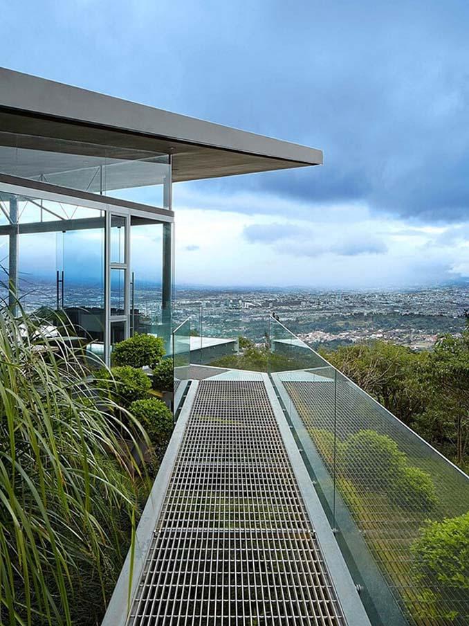 Γυάλινο σπίτι με απίστευτη θέα στην Κόστα Ρίκα (3)