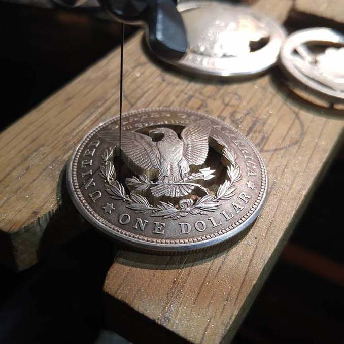 Εντυπωσιακές μετατροπές παλιών κερμάτων σε κοσμήματα και έργα τέχνης (15)