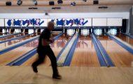 Έκανε παγκόσμιο ρεκόρ στο bowling με 12 strikes σε λιγότερο από 90 δευτερόλεπτα