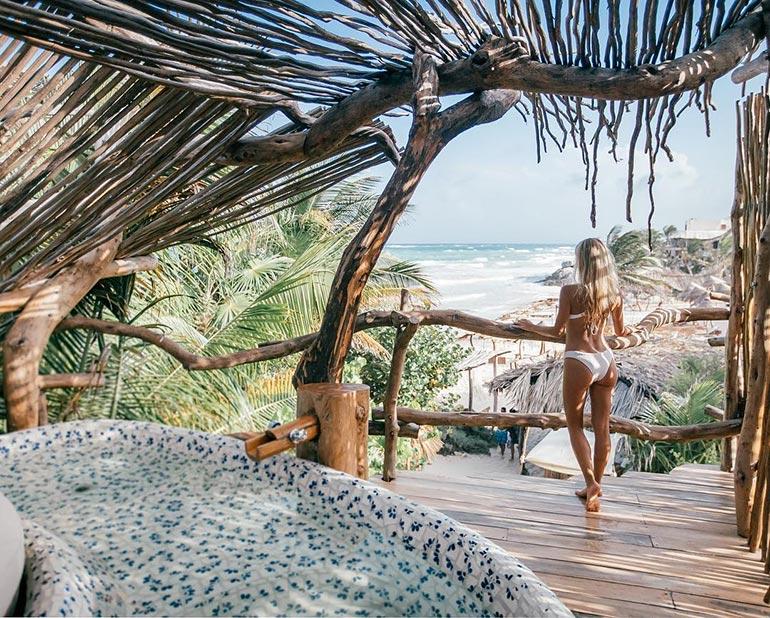 Διακοπές σ' ένα ονειρεμένο εξωτικό δενδρόσπιτο | Φωτογραφία της ημέρας