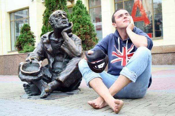 Ποζάροντας με αγάλματα #25 (3)