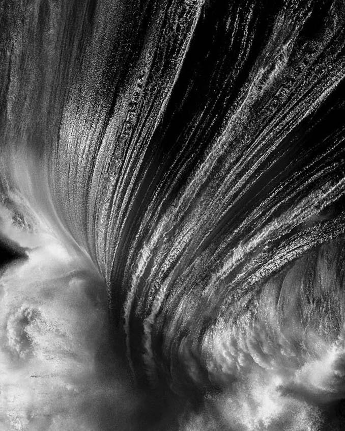 Ο Ray Collins απαθανατίζει τα κύματα όπως δεν τα έχετε ξαναδεί (24)