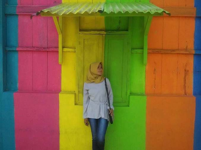 Χωριό ουράνιο τόξο στην Ινδονησία (10)