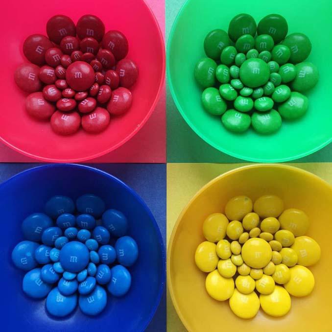 Ο Adam Hillman τακτοποιεί αντικείμενα και γλυκά με βάση το χρώμα (6)