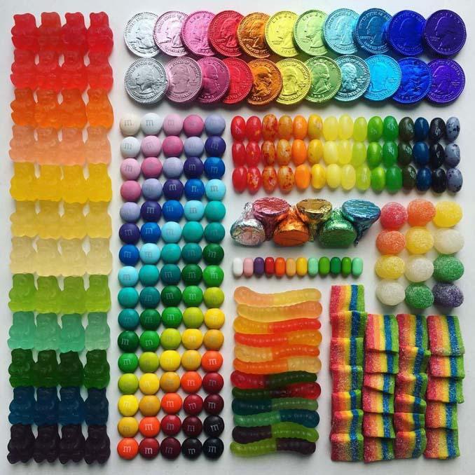 Ο Adam Hillman τακτοποιεί αντικείμενα και γλυκά με βάση το χρώμα (22)