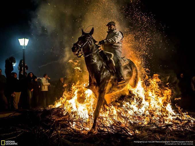 Μερικές ακόμη εντυπωσιακές φωτογραφίες από τον διαγωνισμό National Geographic Traveler 2017 (15)