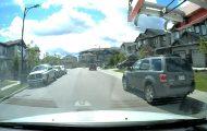 Να γιατί πρέπει να οδηγείς πολύ προσεκτικά ακόμα και στην πιο ήσυχη γειτονιά