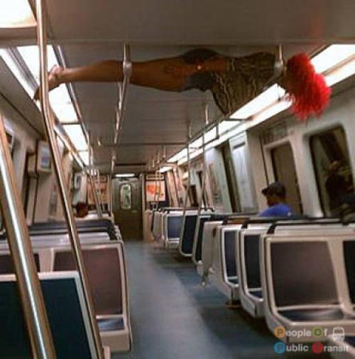 Παράξενες και κωμικοτραγικές φωτογραφίες στα μέσα μεταφοράς #24 (10)