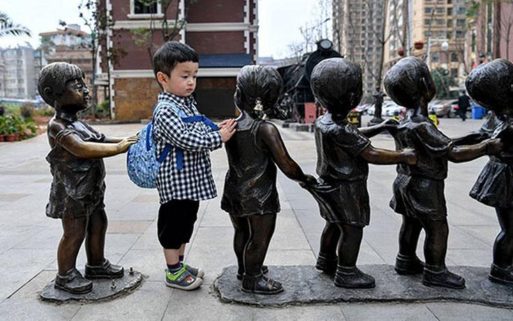 Ποζάροντας με αγάλματα #28 (1)